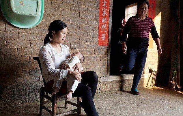 В Китае родился мальчик у которого 31 палец