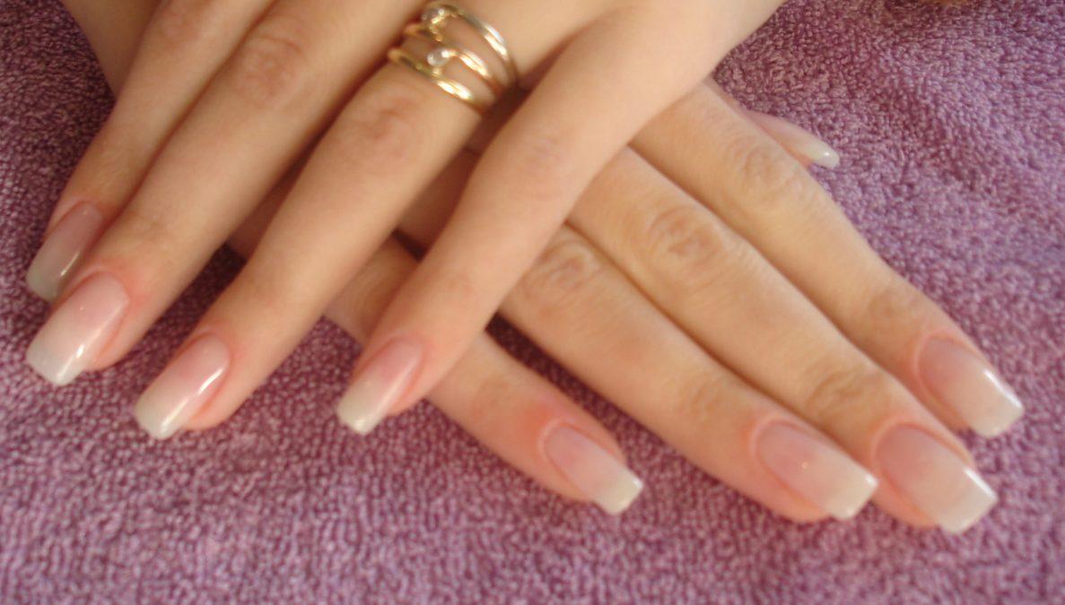 Гелевые ногти: За и Против