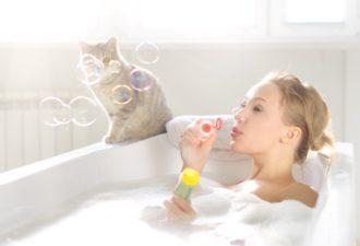 Холодная и горячая ванна: польза для здоровья человека