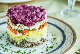 Праздничный салат «Граф» — это серьёзный конкурент «Селедке под шубой»!