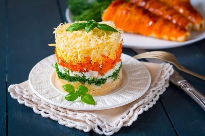 Для тех, кто не успевает: ТОП-10 самых быстрых салатов, готовятся всего за 10 минут