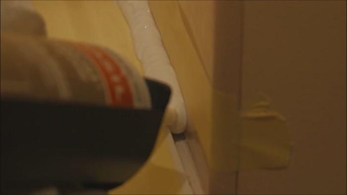 5 решений проблемы зазора между ванной и стеной.