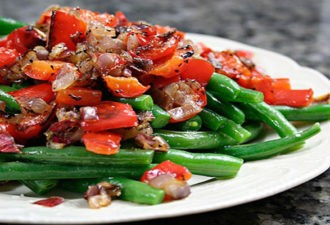 Очень вкусные постные салаты: 12 рецептов, которые понравятся каждому