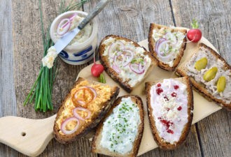 Бутерброды на все случаи жизни. 10 рецептов! Не забудь сохранить.