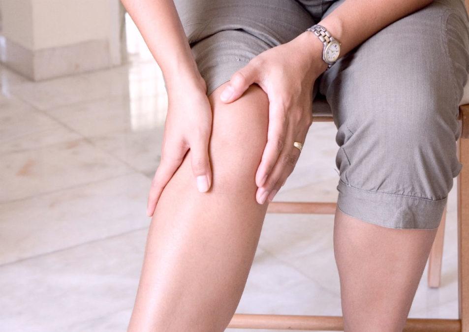 Если вы страдаете от боли в ногах, коленях или бедрах, вот 6 упражнений, которые помогут избавиться от нее