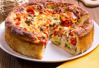 Настоящий яичный пирог с овощной начинкой. Вкус фантастический.