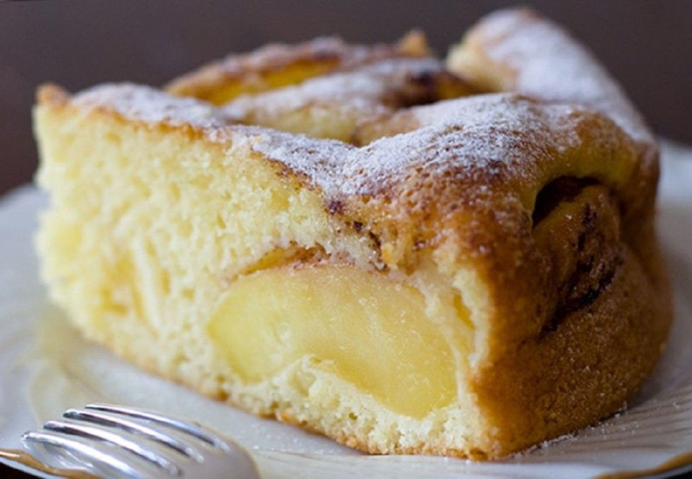 Нежнейший воздушный яблочный пирог
