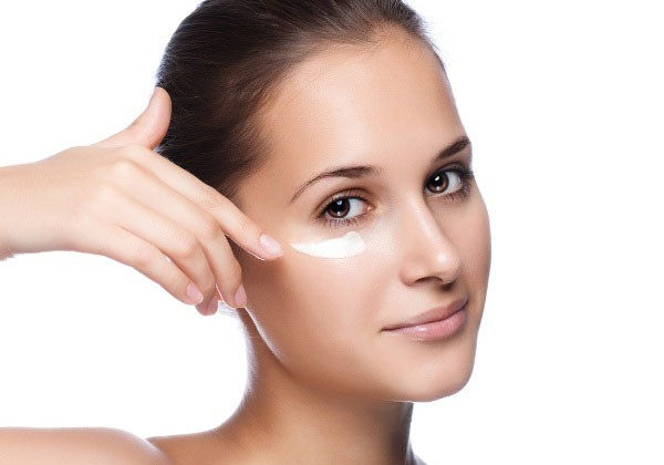 Делаем крем под глаза «для увядающей кожи»