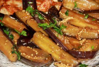 Блюдо ресторанного уровня: баклажаны с имбирем. Проще простого!