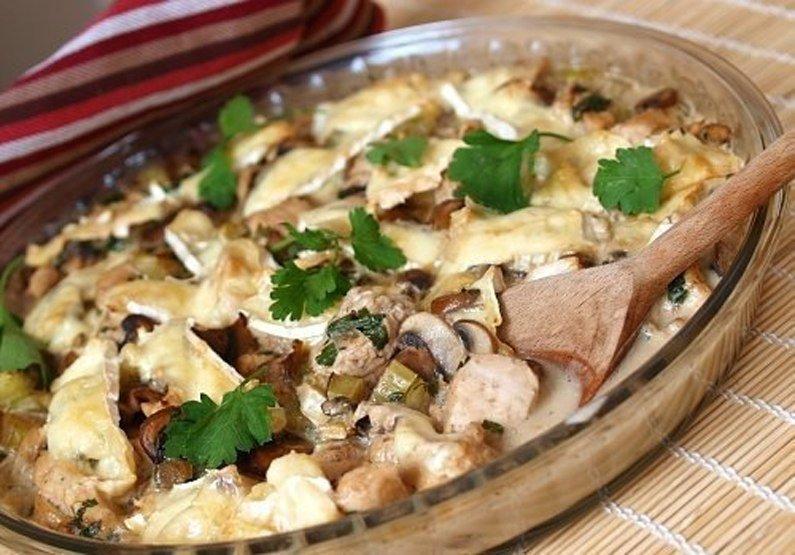 Картошечка с грибочками запеченная в сливках. Просто объедение!