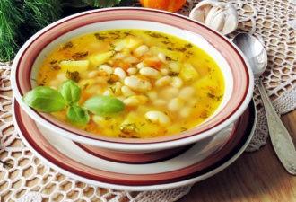 Суп с фасолью. Вкус просто изумительный. Уверена, что вы такого не пробовали